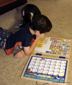 Teaching the Calendar #homeschool #earlylearning mylearningtable.com
