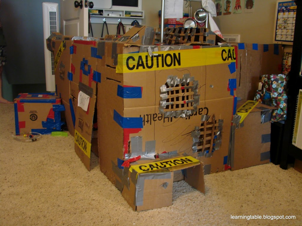 Diy cardboard clubhouse learning table for Diy clubhouse