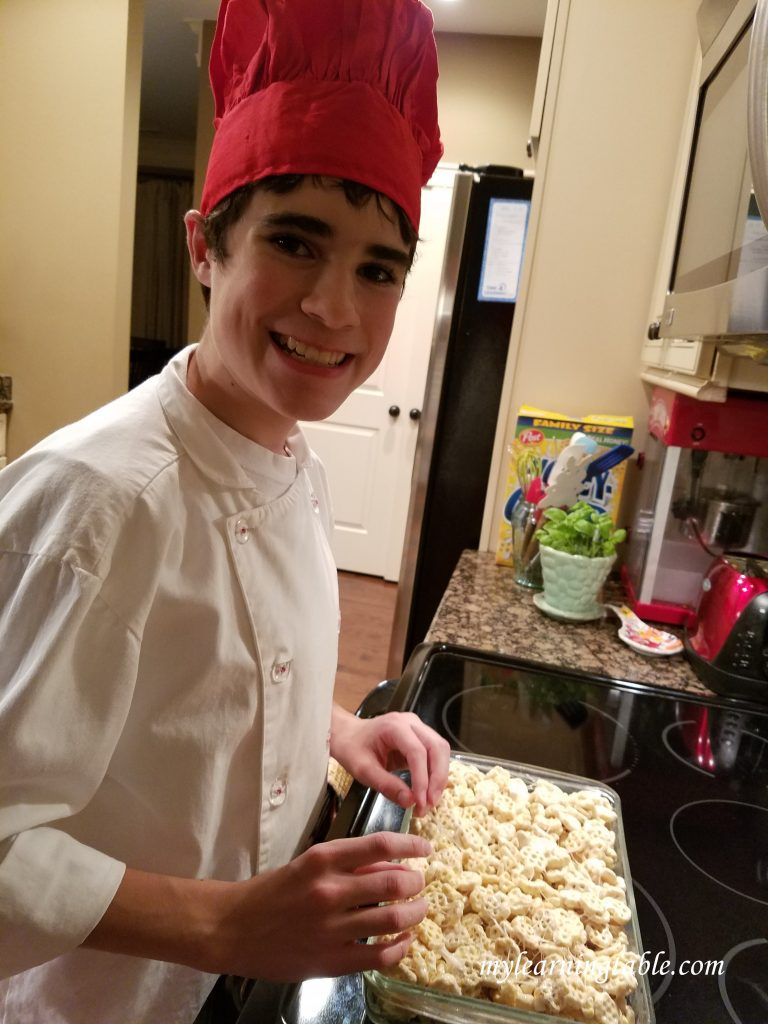 One of my favorite holiday traditions is cooking with my junior chef--try our recipe for snowflake treat bars.